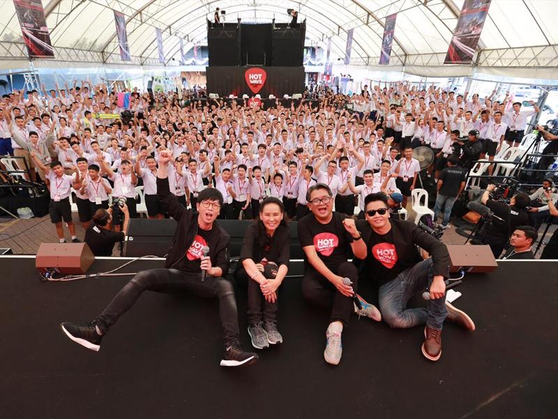 ชาว Hotwave Music Awards ร่วมสร้างปรากฎการณ์ ยอดคนดู Facebook Live รอบออดิชั่นมากกว่า 500,000 คน